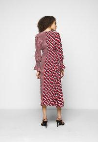 Diane von Furstenberg - MICHELLE DRESS - Vapaa-ajan mekko - red - 2