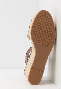 PARFOIS - Sandály na vysokém podpatku - multicolor/brown - 6