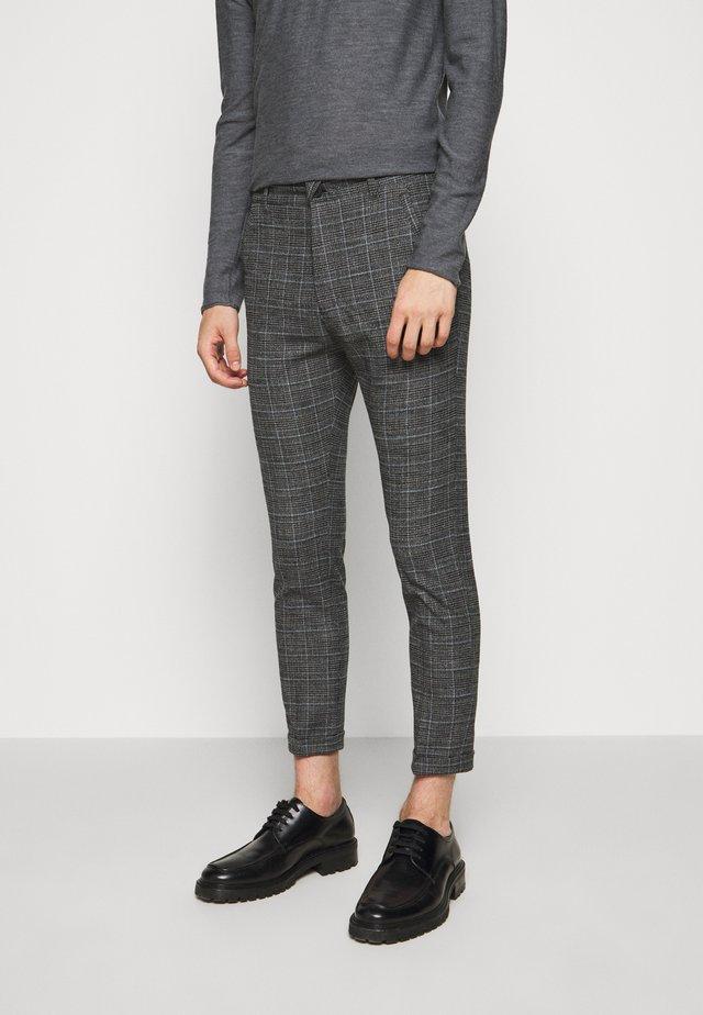 BREW - Pantaloni - grau