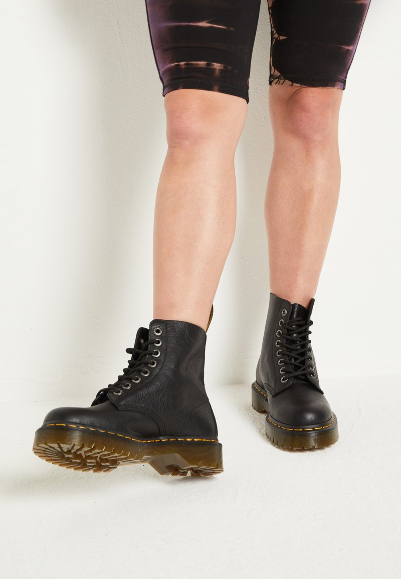 Dr. Martens - 1460 PASCAL BEX - Lace-up ankle boots - black pisa