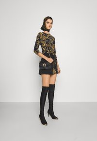 Versace Jeans Couture - Long sleeved top - black/gold - 1