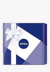 Nivea - GIFT SET CLASSIC - Bath and body set - - - 2