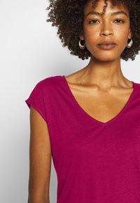 Anna Field - T-shirts - berry - 5