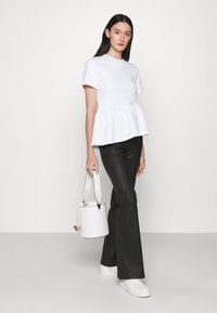 KARL LAGERFELD - RUFFLE - T-shirts print - white - 1