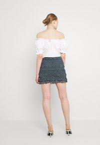 Even&Odd - Smocking mini mesh skirt - A-linjekjol - black/light blue - 2