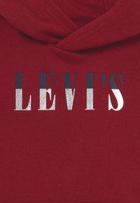 Levi's® - LOGO HOODIE - Bluza z kapturem - biking red - 3
