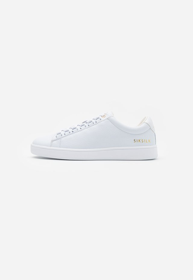 PRESTIGE - Trainers - white