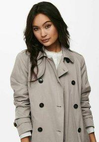ONLY - Trenchcoat - vintage khaki - 4