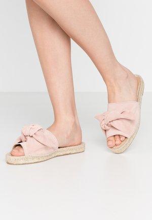 KNOT FLAT - Sandaler - light pink