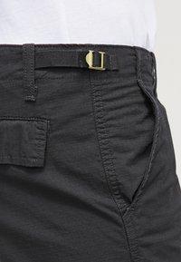 Carhartt WIP - AVIATION COLUMBIA - Shorts - black - 4