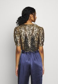 Molly Bracken - LADIES BOLERO - Blazere - gold - 2