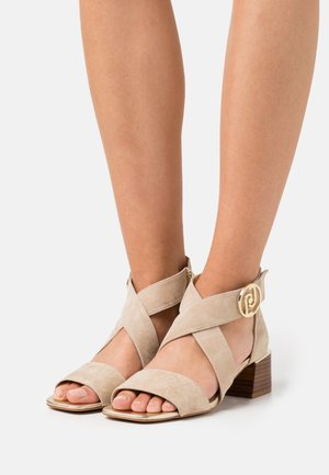 PALMA - Sandals - camel/light gold