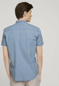 TOM TAILOR DENIM - Shirt - light indigo blue  chambray - 2