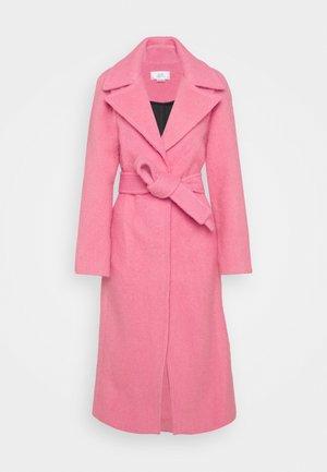 BRUSHED COAT - Manteau classique - candy pink