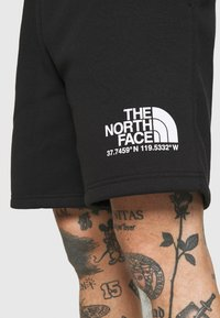 The North Face - COORDINATES - Short - black - 5