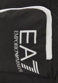 EA7 Emporio Armani - UNISEX - Across body bag - black/white - 5