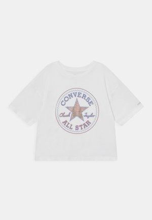 STAR FLIP SEQUIN BOXY TEE - T-shirt z nadrukiem - white