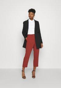 Scotch & Soda - SLIM FIT CLASSIC SHIRT - Button-down blouse - white - 1