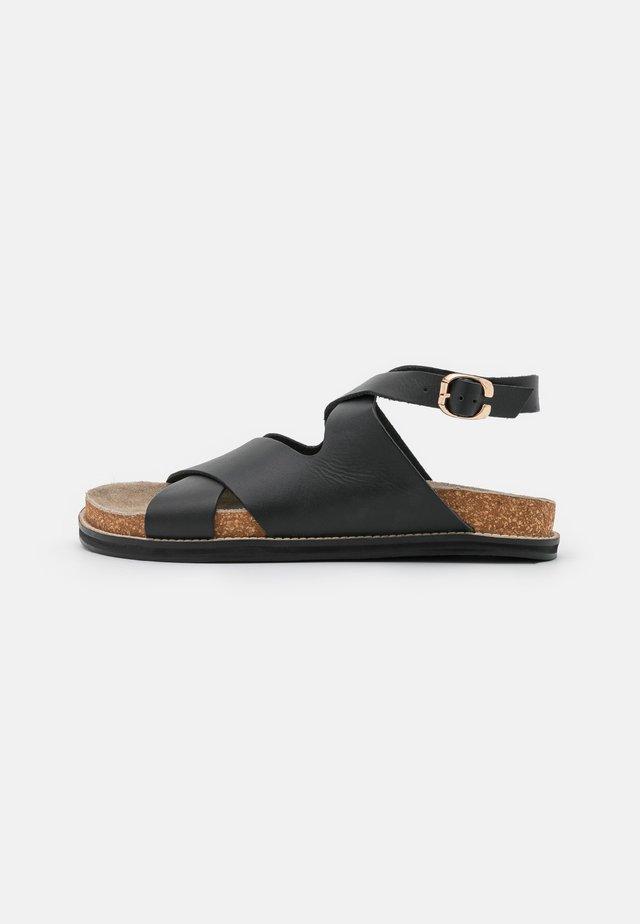 SCENIC FOOTBED - Sandaler - black