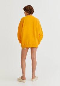 PULL&BEAR - Sweatshirt - orange - 2