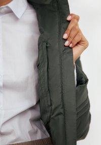 Finn Flare - Winter jacket - dark green - 4