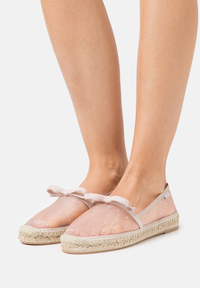 Red V - Espadrilles - nude/oro