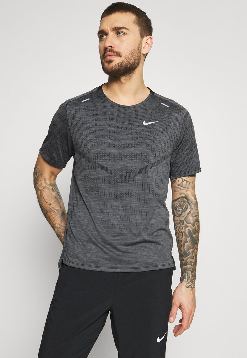 Nike Performance - TECHKNIT ULTRA  - Print T-shirt - black/white/silver