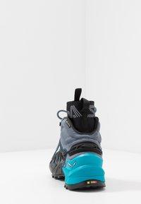 Salewa - WILDFIRE EDGE MID GTX - Hiking shoes - poseidon/grisaille - 3