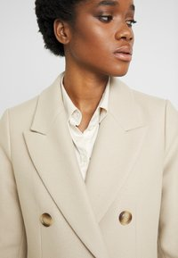 IVY & OAK - Classic coat - cedar wood - 4