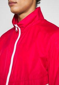 Colmar Originals - MENS SHELL - Lehká bunda - red - 5