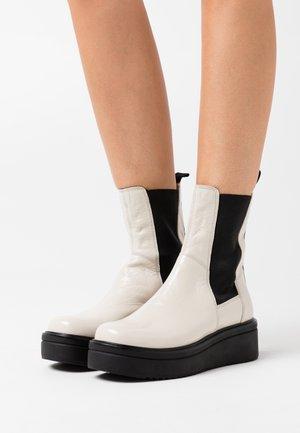 TARA - Platform ankle boots - plaster