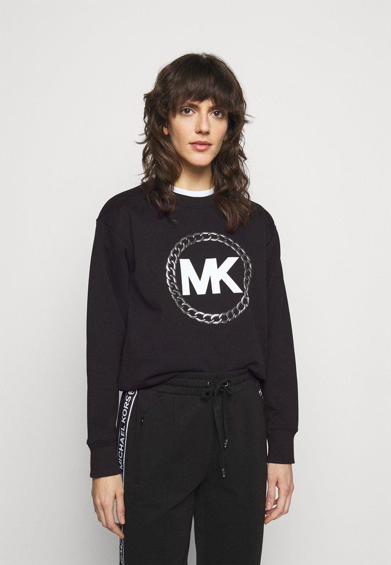 MICHAEL Michael Kors - CHAIN LOGO - Sweatshirt - black/silver