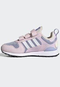adidas Originals - ZX 700 HD CF C - Trainers - pink - 8