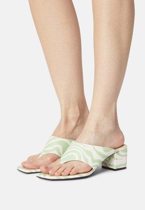 VEGAN JILA  - T-bar sandals - green dusty light