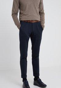 BOSS - CELIE - Cintura - medium brown - 1