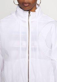 Champion Reverse Weave - FULL ZIP TOP - Summer jacket - white - 5