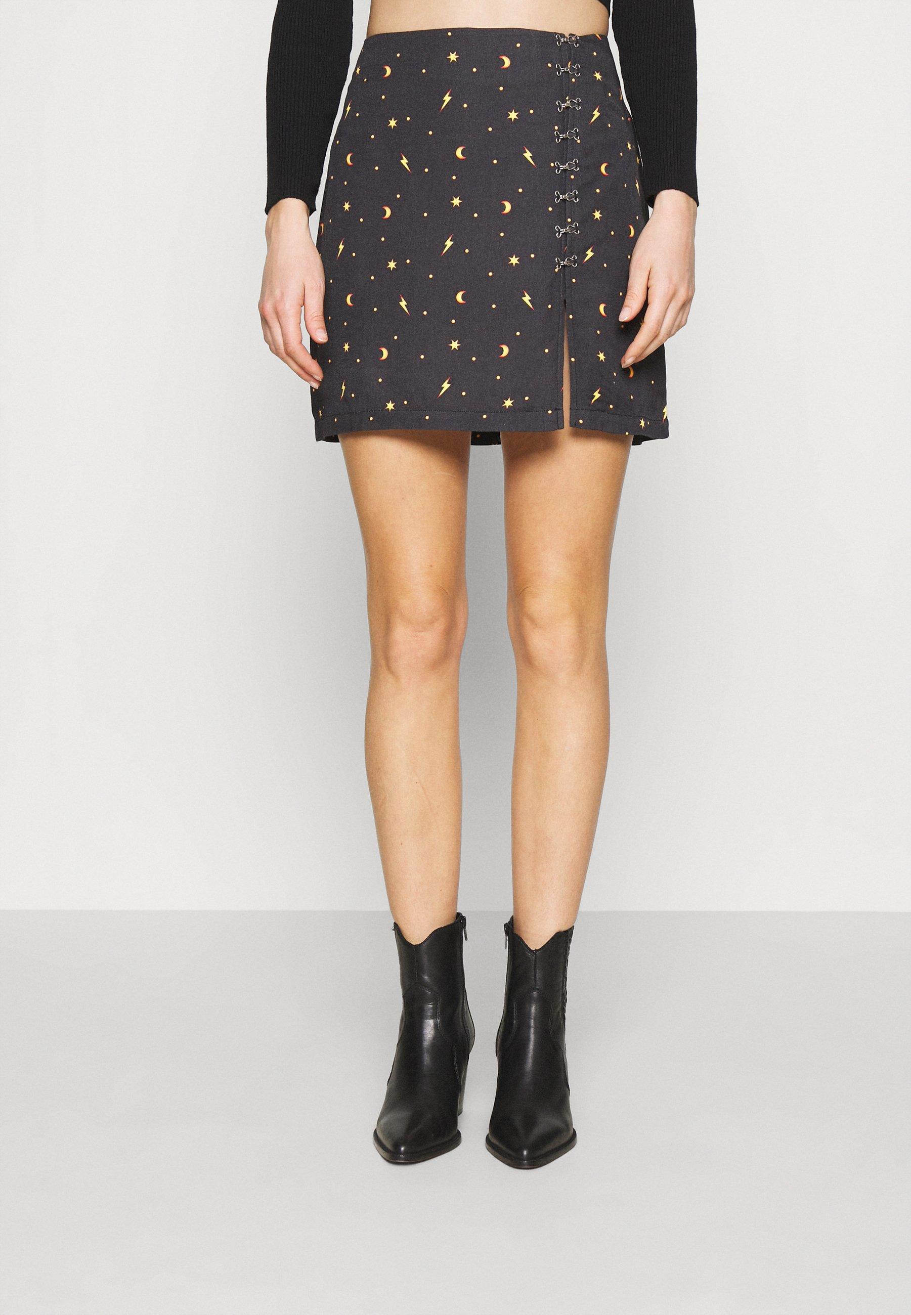 Women MYSTICAL SKIRT THIGH SPLIT & HOOK & EYE DETAILING  - Mini skirt