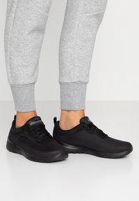 Skechers Wide Fit - WIDE FIT FLEX APPEAL 3.0 - Trainers - black - 0