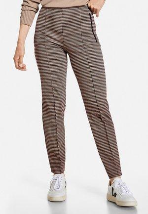 FREIZEIT MIT VICHY KARO - Trousers - black/brown