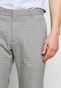 Limehaus - SEMI PLAIN - Kostymbyxor - grey - 3