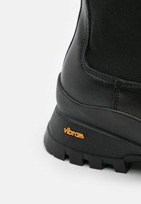 ARKET - CHELSEA BOOTS - Boots - black - 5