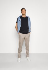 Lindbergh - WORKWEAR PANTS - Trousers - stone - 1