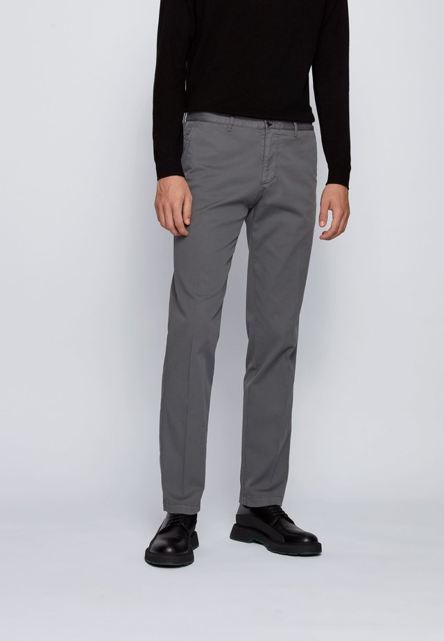 CRIGAN - Chino - grey