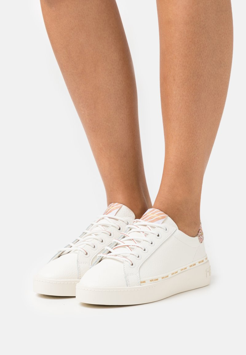 Pepe Jeans - BRIXTON FRESH - Sneakers basse - white