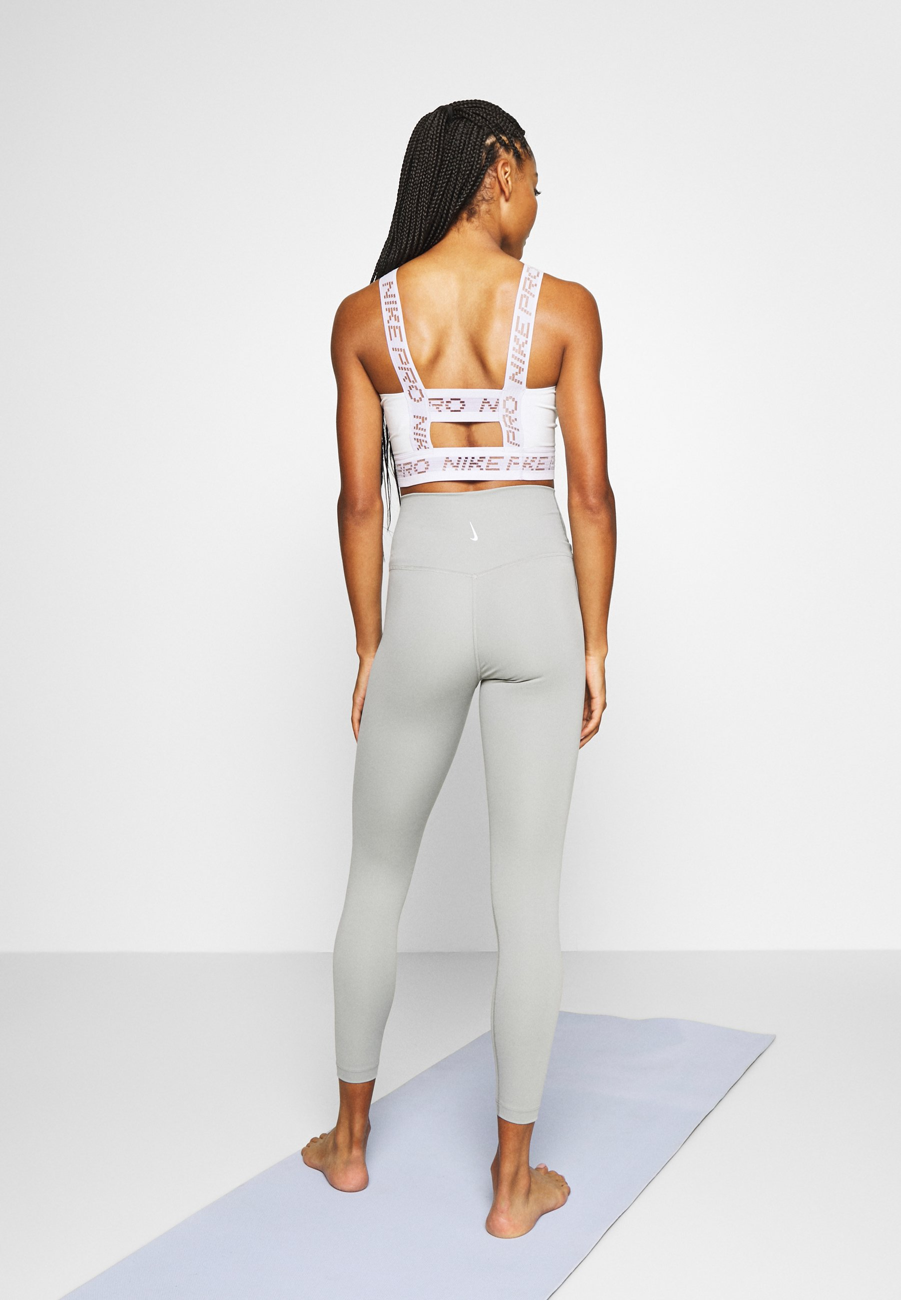 Nike Performance THE YOGA 7/8 - Leggings - particle grey/heather/platinum tint GKMPW