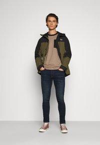 Hollister Co. - Slim fit jeans - dark blue denim - 1