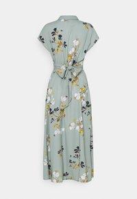 Vero Moda - VMHALLIE LONG TIE DRESS - Skjortekjole - green milieu - 1