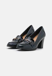 Wallis - CONQUER - Classic heels - navy - 2