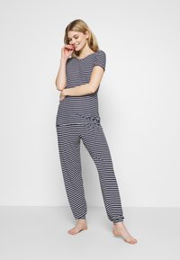 Marks & Spencer London - HANGING SET - Pyjama set - dark blue - 3
