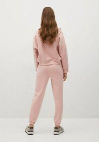 Mango - MONICA - Teplákové kalhoty - rose pastel - 1